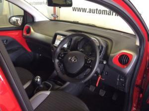 Toyota Aygo 1.0X-PLAY - Image 15