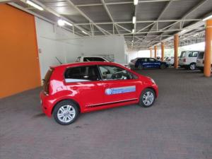 Volkswagen Move UP! 1.0 5-Door - Image 19