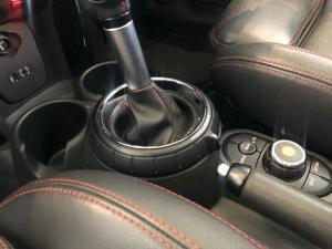MINI Cooper S automatic - Image 15