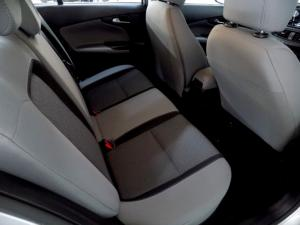 Fiat Tipo 1.6 Easy automatic - Image 11