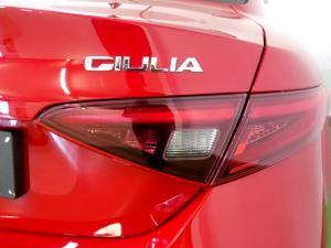 Alfa Romeo Giulia 2.0T - Image 19
