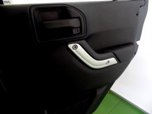 Jeep Wrangler Unltd Rubicon 3.6L V6 automatic - Image 19