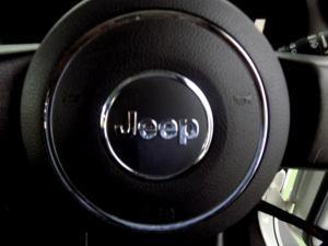Jeep Wrangler Unltd Rubicon 3.6L V6 automatic - Image 21