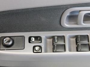 Nissan Hardbody NP300 2.4i HI-RIDERD/C - Image 22