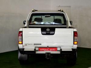 Nissan Hardbody NP300 2.4i HI-RIDERD/C - Image 28