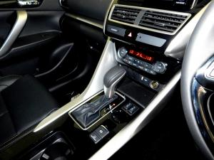 Mitsubishi Eclipse Cross 2.0 GLS CVT - Image 20