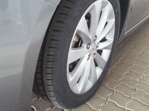 Chevrolet Cruze 1.6 LS - Image 16