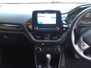Ford Fiesta 1.0 Ecoboost Trend 5-Door automatic - Image 21