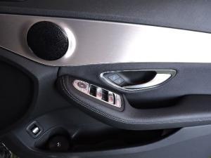 Mercedes-Benz C220d automatic - Image 16