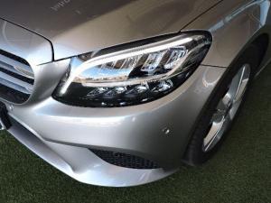 Mercedes-Benz C220d automatic - Image 3