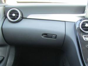 Mercedes-Benz C180 automatic - Image 11