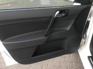 Volkswagen Polo Vivo Maxx 1.6 - Image 11