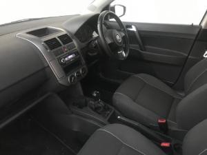 Volkswagen Polo Vivo Maxx 1.6 - Image 5