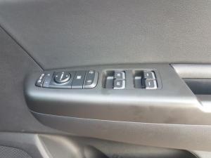 Kia Sportage 2.0 Crdi EX+ automatic - Image 19