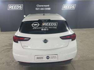 Opel Astra 1.0T Enjoy - Image 5