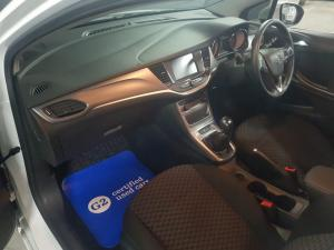 Opel Astra 1.0T Enjoy - Image 9