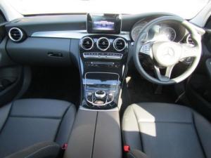 Mercedes-Benz C180 automatic - Image 12