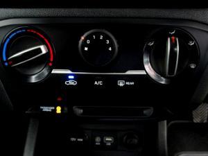 Hyundai i20 1.4 Motion automatic - Image 18
