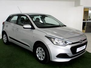 Hyundai i20 1.4 Motion automatic - Image 1