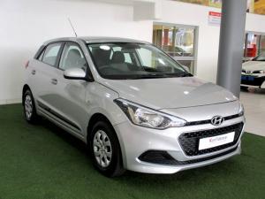 Hyundai i20 1.4 Motion automatic - Image 7
