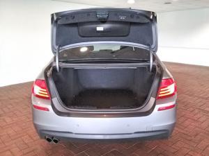 BMW 5 Series 520i Luxury - Image 5