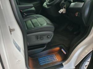 Volkswagen T6 Caravelle 2.0 Bitdi Highline DSG 4 Motion - Image 3