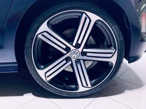 Volkswagen Golf VII 2.0 TSI R - Image 16
