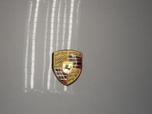 Porsche 911 Carrera 4 - Image 14