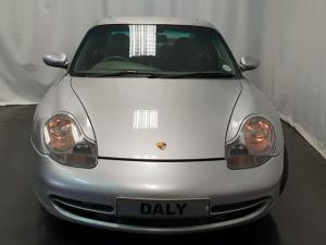 Porsche 911 Carrera 4 - Image 3