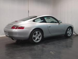 Porsche 911 Carrera 4 - Image 5