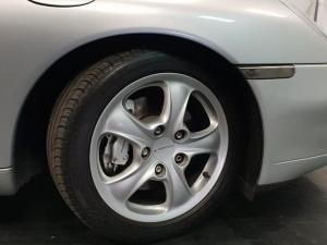 Porsche 911 Carrera 4 - Image 7