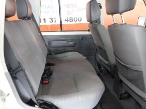 Toyota Land Cruiser 76 Land Cruiser 76 4.5D-4D LX V8 station wagon - Image 12
