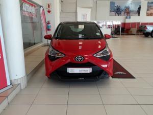 Toyota Aygo 1.0 X-Play - Image 2