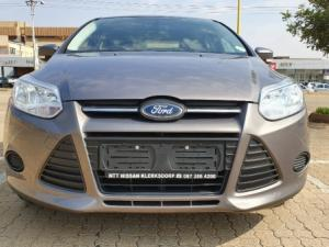 Ford Focus 1.6 Ti VCT Ambiente 5-Door - Image 1