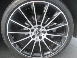 Mercedes-Benz E 220d - Image 2