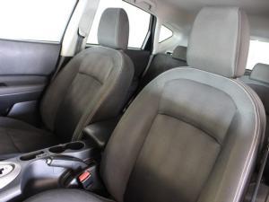 Nissan Qashqai 2.0 Acenta auto - Image 6