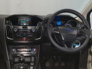 Ford Focus hatch 1.0T Ambiente - Image 10
