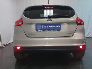 Ford Focus hatch 1.0T Ambiente - Image 11
