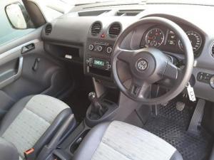 Volkswagen Caddy 2.0TDI panel van - Image 11