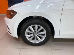 Volkswagen Polo 1.0 TSI Comfortline DSG - Image 9