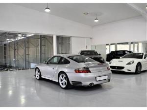Porsche 911 Turbo Tiptronic - Image 15
