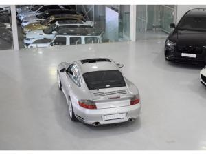 Porsche 911 Turbo Tiptronic - Image 18