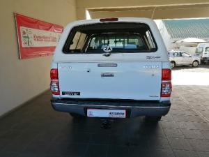 Toyota Hilux 4.0 V6 double cab 4x4 Raider Heritage Edition - Image 3