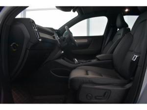 Volvo XC40 D4 AWD Inscription - Image 8