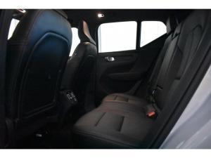 Volvo XC40 D4 AWD Inscription - Image 9