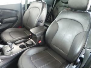 Hyundai ix35 2.0 Elite - Image 10