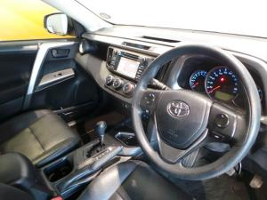 Toyota RAV4 2.0 GX automatic - Image 19