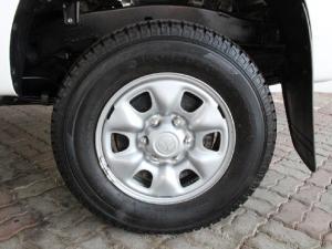 Toyota Hilux 2.5D-4D SRX - Image 8