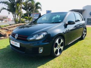 Volkswagen Golf VI GTI 2.0 TSI DSG - Image 4