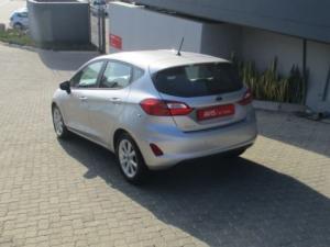 Ford Fiesta 1.0 Ecoboost Trend 5-Door automatic - Image 2